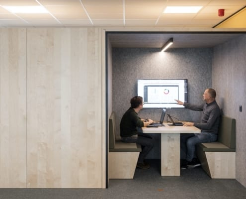 Open silent box for acoustically comfortable meeting place at Volvo Trucks Ghent